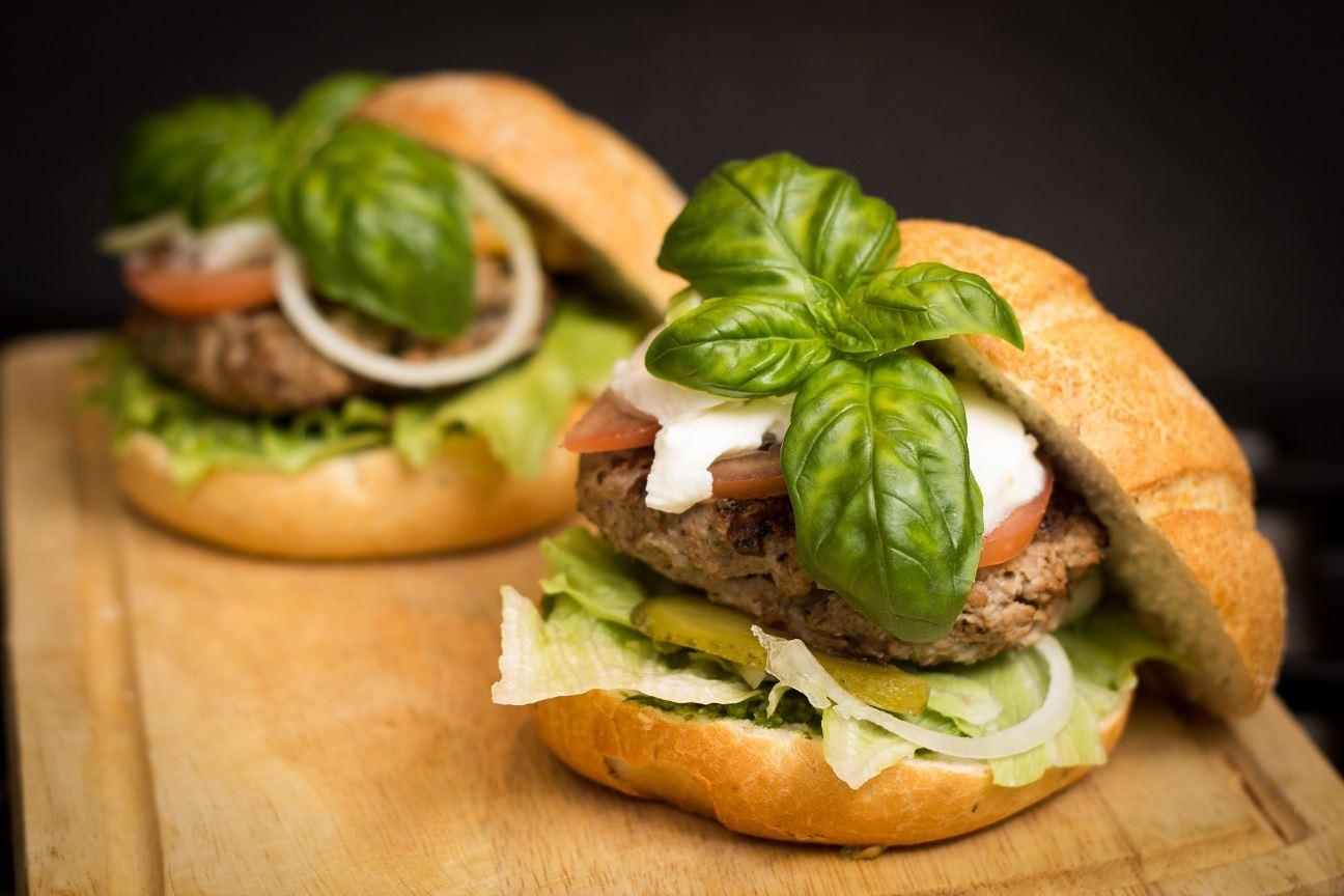 hamburger-food-meal-tasty-477255